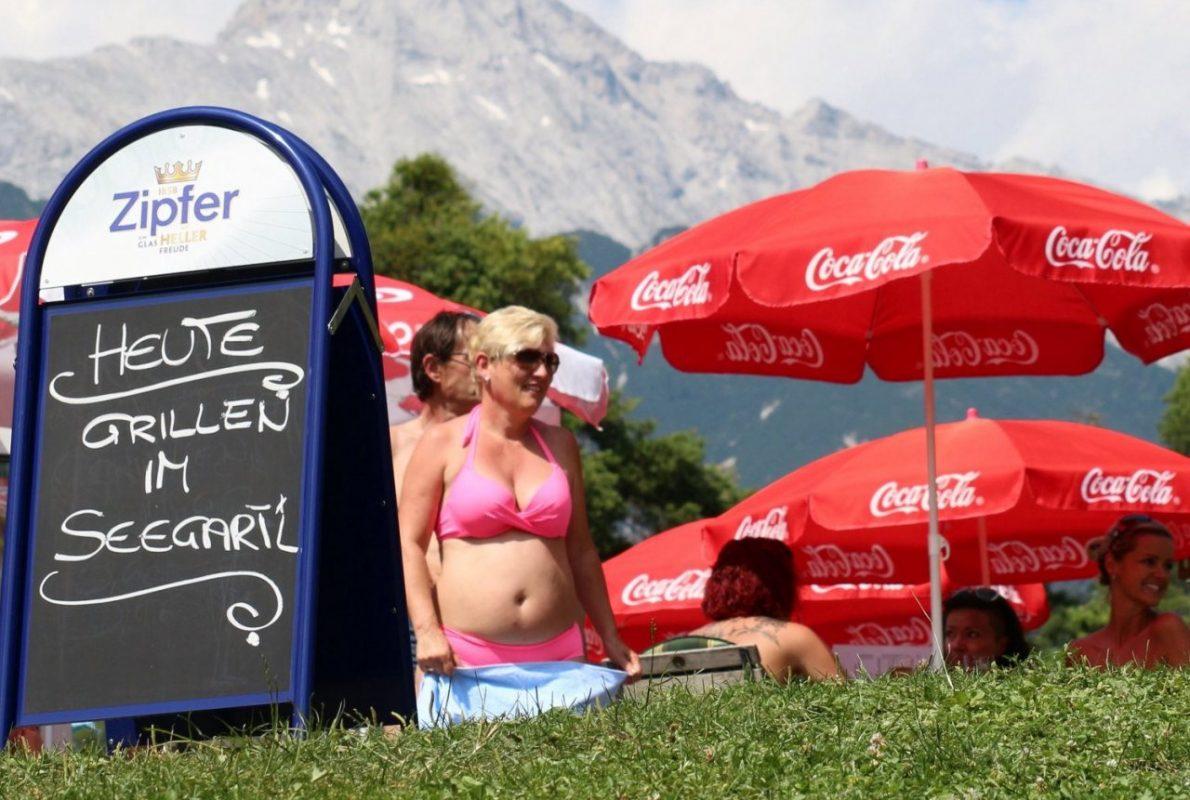 Kulinarische Schmankerln und coole Drinks genießen. Foto: Knut Kuckel / #tirolbayern